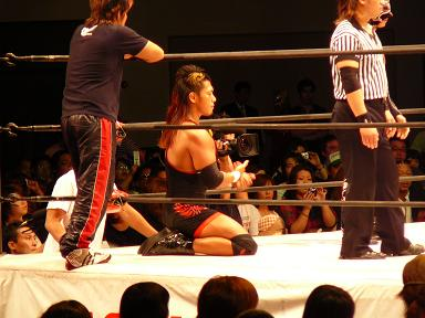09.06.07 DRAGON GATE4.JPG